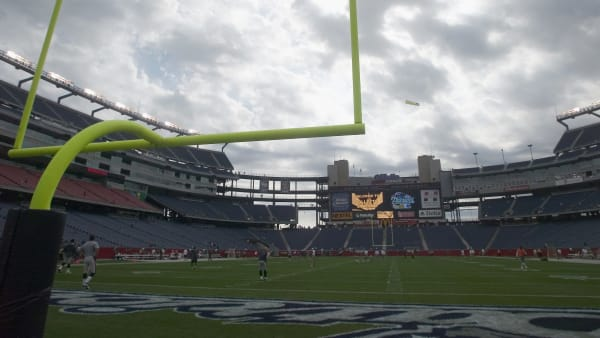 FOXBOROUGH, MA - OCTOBER 10: Cloudy weather and a general view of the stadium prior to the game between the New England Patriots and the Miami Dolphins at Gillette Stadium on October 10, 2004 in Foxborough, Massachusetts. (Photo by Bernie Nunez/Getty Images)