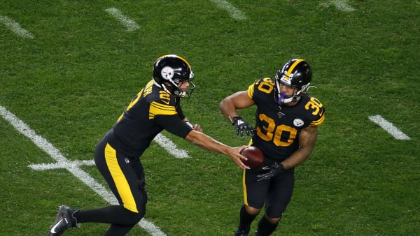PITTSBURGH, PA - OCTOBER 28:  Mason Rudolph #2 of the Pittsburgh Steelers hands off to James Conner #30 against the Miami Dolphins on October 28, 2019 at Heinz Field in Pittsburgh, Pennsylvania.  (Photo by Justin K. Aller/Getty Images)