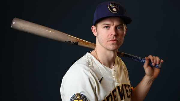 Brock Holt's Contract Details With Brewers Revealed