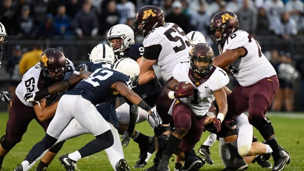 STATE COLLEGE, PA - OCTOBER 01:  Rodney Smith #1 of the Minnesota Golden Gophers rushes the Penn State Nittany Lions in the second half during the game at Beaver Stadium on October 1, 2016 in State College, Pennsylvania. (Photo by Justin Berl/Getty Images)