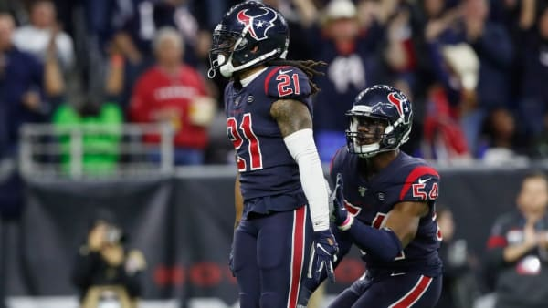Bradley Roby celebrates after a play against the Patriots.