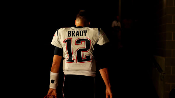 EAST RUTHERFORD, NEW JERSEY - OCTOBER 21:  Tom Brady #12 of the New England Patriots heads into the tunnel after warmups against the New York Jets during their game at MetLife Stadium on October 21, 2019 in East Rutherford, New Jersey. (Photo by Al Bello/Getty Images)