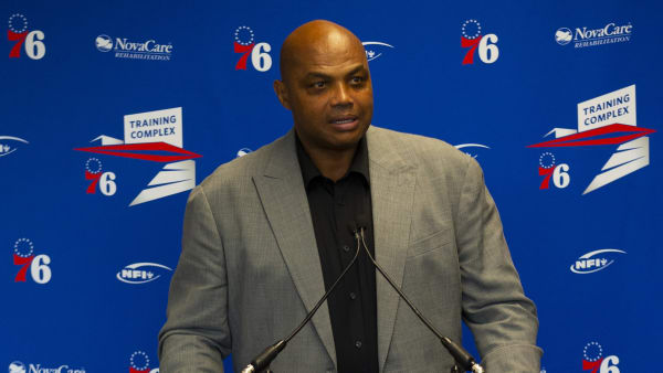 CAMDEN, NJ - SEPTEMBER 13: Charles Barkley speaks at the podium prior to his sculpture being unveiled at the Philadelphia 76ers training facility on September 13, 2019 in Camden, New Jersey. (Photo by Mitchell Leff/Getty Images)