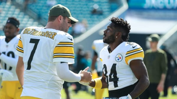 JACKSONVILLE, FL - NOVEMBER 18: Ben Roethlisberger #7 of the Pittsburgh Steelers and Antonio Brown #84 of the Pittsburgh Steelers embrace before the game between between the Jacksonville Jaguars and the Pittsburgh Steelers at TIAA Bank Field on November 18, 2018 in Jacksonville, Florida.  (Photo by Scott Halleran/Getty Images)