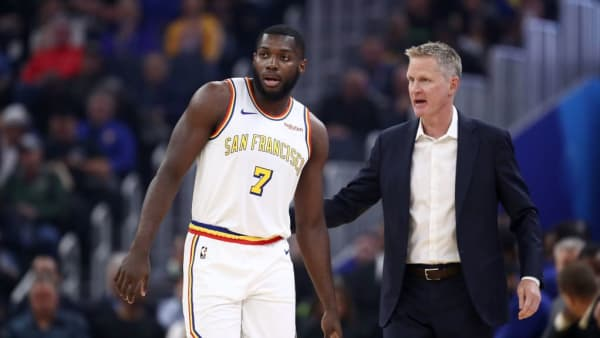 SAN FRANCISCO, CALIFORNIA - NOVEMBER 04:  Eric Paschall #7 of the Golden State Warriors talks with head coach Steve Kerr during their game against the Portland Trail Blazers at Chase Center on November 04, 2019 in San Francisco, California. NOTE TO USER: User expressly acknowledges and agrees that, by downloading and or using this photograph, User is consenting to the terms and conditions of the Getty Images License Agreement. (Photo by Ezra Shaw/Getty Images)