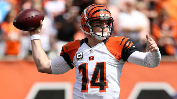 CINCINNATI, OH - SEPTEMBER 20:  Andy Dalton #14 of the Cincinnati Bengals throws a pass during the first quarter of the game against the San Diego Chargers at Paul Brown Stadium on September 20, 2015 in Cincinnati, Ohio. (Photo by Andy Lyons/Getty Images)