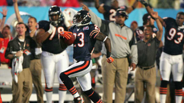 Bears KR Devin Hester in action against the Colts in Super Bowl XLI