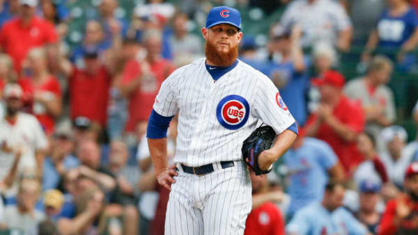 CHICAGO, ILLINOIS - SEPTEMBER 21: Craig Kimbrel #24 of the Chicago Cubs reacts after giving up a home run to Paul DeJong #12 of the St. Louis Cardinals during the ninth inning of a game at Wrigley Field on September 21, 2019 in Chicago, Illinois. (Photo by Nuccio DiNuzzo/Getty Images)