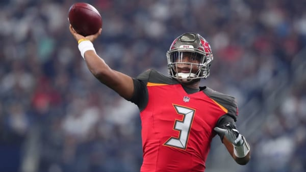 ARLINGTON, TEXAS - DECEMBER 23: Jameis Winston #3 of the Tampa Bay Buccaneers passes the ball against the Dallas Cowboys in the first quarter at AT&T Stadium on December 23, 2018 in Arlington, Texas. (Photo by Tom Pennington/Getty Images)