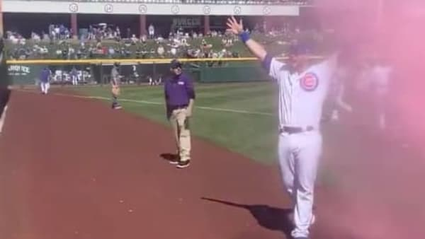 VIDEO: Cubs' David Bote Helps Fans With Gender Reveal at Spring Training