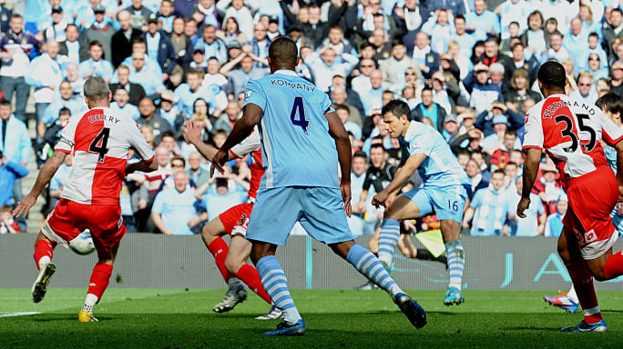 https://images2.minutemediacdn.com/image/upload/c_fill,w_684,h_384,f_auto,q_auto,g_auto/shape/cover/sport/Manchester-Citys-Argentinian-striker-Se-37e523d7607a289dff06156cd7c195e5