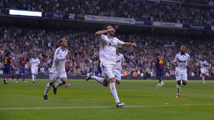 https://images2.minutemediacdn.com/image/upload/c_fill,w_684,h_384,f_auto,q_auto,g_auto/shape/cover/sport/Real-Madrid-v-Barcelona---La-Liga-3702a9b7fa957a99fd6c3f1e713feb3c
