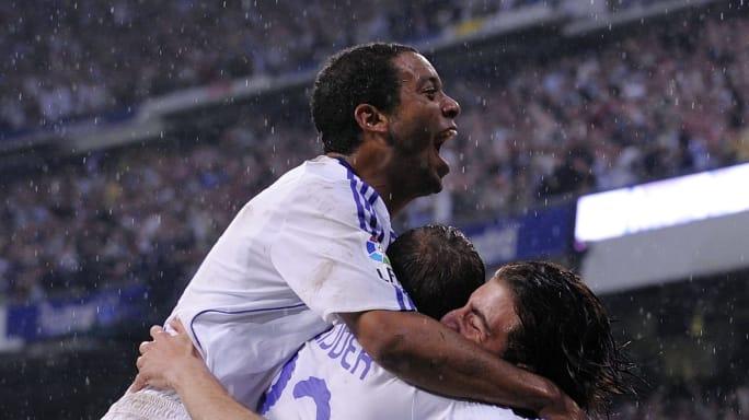 https://images2.minutemediacdn.com/image/upload/c_fill,w_684,h_384,f_auto,q_auto,g_auto/shape/cover/sport/Real-Madrid-v-Barcelona---La-Liga-aaa5c88e24c9b9958a6cddd70ae4ba5c