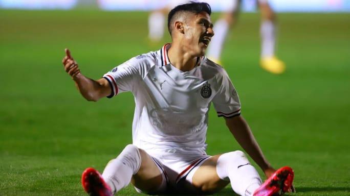 El Celta de Vigo se interesa en dos futbolistas de Chivas 2