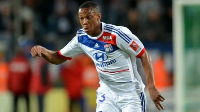 7 jugadorazos que vendió Olympique de Lyon y hoy extraña 4