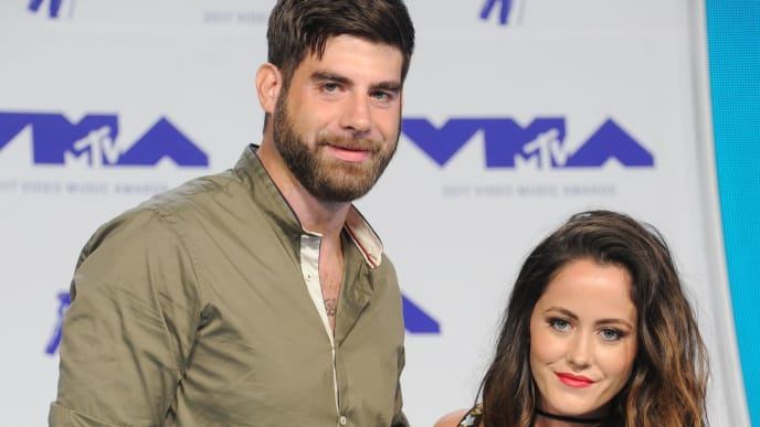 INGLEWOOD, CA - AUGUST 27:  David Eason and Jenelle Evans arrive at the 2017 MTV Video Music Awards at The Forum on August 27, 2017 in Inglewood, California.  (Photo by Gregg DeGuire/Getty Images)