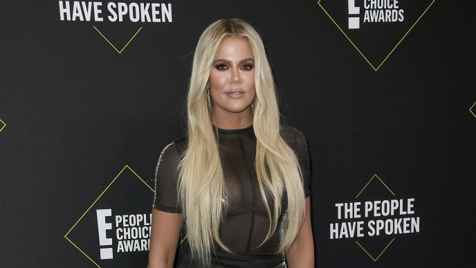 SANTA MONICA, CALIFORNIA - NOVEMBER 10: Khloé Kardashian attends the 2019 E! People's Choice Awards at Barker Hangar on November 10, 2019 in Santa Monica, California. (Photo by Frazer Harrison/Getty Images)