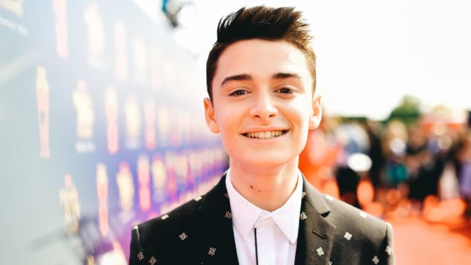 SANTA MONICA, CALIFORNIA - JUNE 15: (EDITORS NOTE: Image has been processed using digital filters)  Noah Schnapp attends the 2019 MTV Movie and TV Awards  at Barker Hangar on June 15, 2019 in Santa Monica, California. (Photo by Matt Winkelmeyer/Getty Images for MTV)