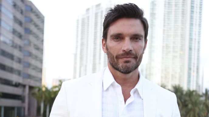 MIAMI, US - APRIL 20: Julian Gil poses at River Yatch Club during the US launch of Carson Life on April 20, 2017 in Miami, Us. (Photo by Marc Serota/LatinContent via Getty Images)