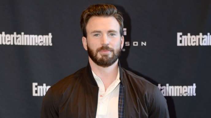 TORONTO, ONTARIO - SEPTEMBER 07: Chris Evans attends Entertainment Weekly's Must List Party at the Toronto International Film Festival 2019 at the Thompson Hotel on September 07, 2019 in Toronto, Canada. (Photo by Andrew Toth/Getty Images for Entertainment Weekly)