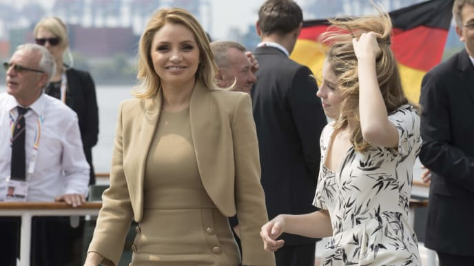 "HAMBURG, GERMANY - JULY 07:  Angelica Rivera, partner of Enrique Pena Nieto, President of Mexico, (L) leaves the boat ""Diplomat"" on the river Elbe with her daughter as they take part in the G20 Summit Spouse Programme on July 7, 2017 in Hamburg, Germany. Leaders of the G20 group of nations are meeting for the July 7-8 summit. Topics high on the agenda for the summit include climate policy and development programs for African economies.  (Photo byJorg Sarbach - Pool/Getty Images)"