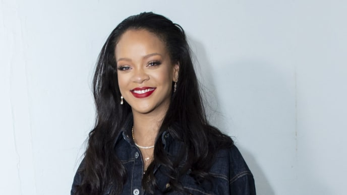 PARIS, FRANCE - MAY 24: Rihanna surprises her fans at the opening of the FENTY Pop Up Store on May 24, 2019 in Paris, France. (Photo by Kristy Sparow/Getty Images For FENTY)