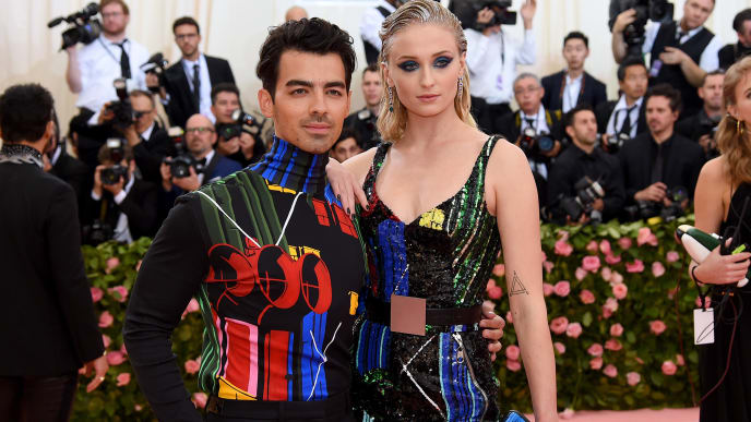 NEW YORK, NEW YORK - MAY 06: Joe Jonas and Sophie Turner attend The 2019 Met Gala Celebrating Camp: Notes on Fashion at Metropolitan Museum of Art on May 06, 2019 in New York City. (Photo by Jamie McCarthy/Getty Images)