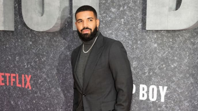 "LONDON, ENGLAND - SEPTEMBER 04: Drake attends the ""Top Boy"" UK Premiere at Hackney Picturehouse on September 04, 2019 in London, England. (Photo by John Phillips/Getty Images)"