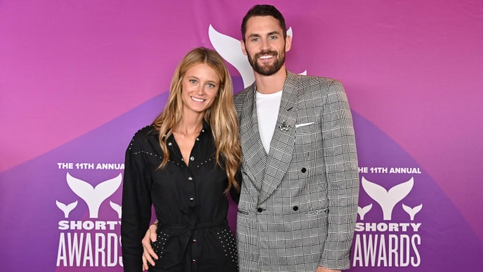 NEW YORK, NEW YORK - MAY 05:  Kate Bock and Kevin Love attend the 11th Annual Shorty Awards on May 05, 2019 at PlayStation Theater in New York City. (Photo by Astrid Stawiarz/Getty Images for Shorty Awards)