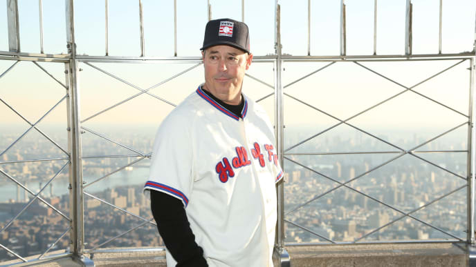 NEW YORK, NY - JANUARY 09:  2014 Baseball Hall of Fame Electee Greg Maddux visits at The Empire State Building on January 9, 2014 in New York City.  (Photo by Rob Kim/Getty Images)