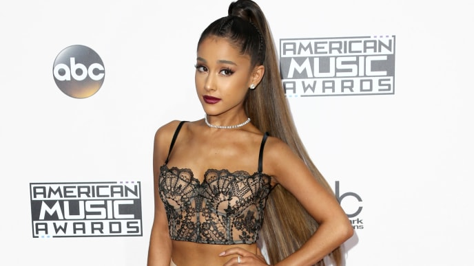 LOS ANGELES, CA - NOVEMBER 20:  Recording artist Ariana Grande attends the 2016 American Music Awards at Microsoft Theater on November 20, 2016 in Los Angeles, California.  (Photo by Frederick M. Brown/Getty Images)