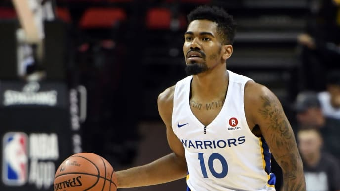 LAS VEGAS, NV - JULY 06:  Jacob Evans III #10 of the Golden State Warriors brings the ball up the court against the Los Angeles Clippers during the 2018 NBA Summer League at the Thomas & Mack Center on July 6, 2018 in Las Vegas, Nevada. The Warriors defeated the Clippers 77-71. NOTE TO USER: User expressly acknowledges and agrees that, by downloading and or using this photograph, User is consenting to the terms and conditions of the Getty Images License Agreement.  (Photo by Ethan Miller/Getty Images)