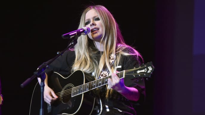 NAPA, CALIFORNIA - NOVEMBER 01: Avril Lavigne performs during 2019 Live in the Vineyard at the Uptown Theatre on November 01, 2019 in Napa, California. (Photo by Tim Mosenfelder/Getty Images)