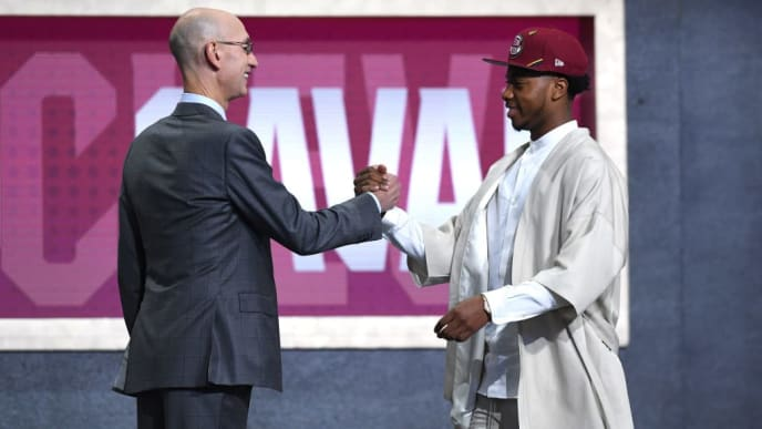 NEW YORK, NEW YORK - JUNE 20: Darius Garland poses with NBA Commissioner Adam Silver after being drafted with the fifth overall pick by the Cleveland Cavaliers during the 2019 NBA Draft at the Barclays Center on June 20, 2019 in the Brooklyn borough of New York City. NOTE TO USER: User expressly acknowledges and agrees that, by downloading and or using this photograph, User is consenting to the terms and conditions of the Getty Images License Agreement. (Photo by Sarah Stier/Getty Images)