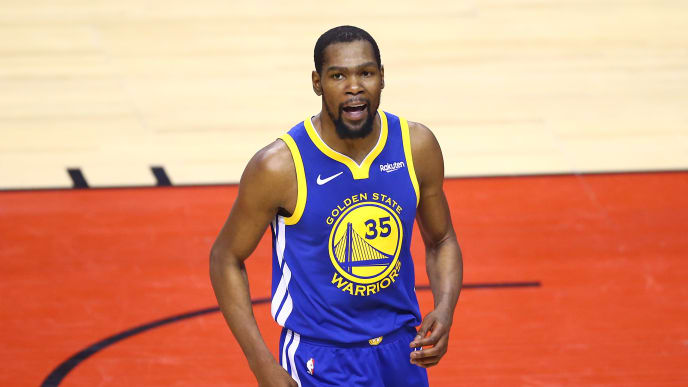 TORONTO, ONTARIO - JUNE 10:  Kevin Durant #35 of the Golden State Warriors reacts against the Toronto Raptors in the first half during Game Five of the 2019 NBA Finals at Scotiabank Arena on June 10, 2019 in Toronto, Canada. NOTE TO USER: User expressly acknowledges and agrees that, by downloading and or using this photograph, User is consenting to the terms and conditions of the Getty Images License Agreement. (Photo by Vaughn Ridley/Getty Images)