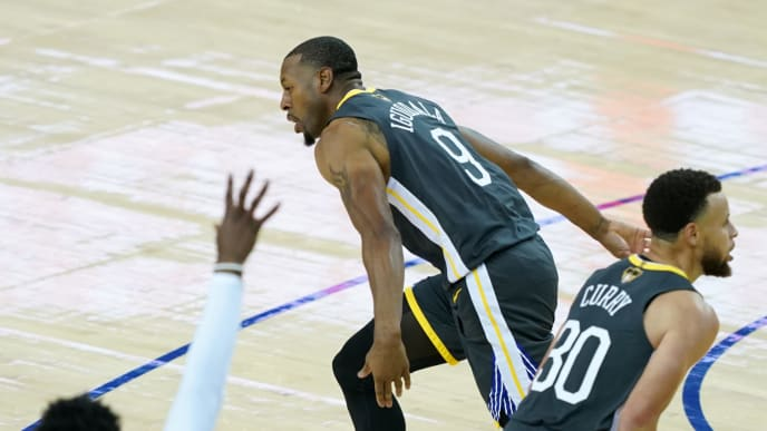 OAKLAND, CALIFORNIA - JUNE 13:  Andre Iguodala #9 of the Golden State Warriors reacts against the Toronto Raptors in the second half during Game Six of the 2019 NBA Finals at ORACLE Arena on June 13, 2019 in Oakland, California. NOTE TO USER: User expressly acknowledges and agrees that, by downloading and or using this photograph, User is consenting to the terms and conditions of the Getty Images License Agreement. (Photo by Thearon W. Henderson/Getty Images)