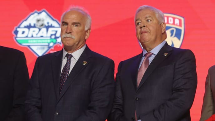 VANCOUVER, BRITISH COLUMBIA - JUNE 21: (L-R) Joel Quenneville and Dale Tallon of the Florida Panthers attend the 2019 NHL Draft at the Rogers Arena on June 21, 2019 in Vancouver, Canada. (Photo by Bruce Bennett/Getty Images)