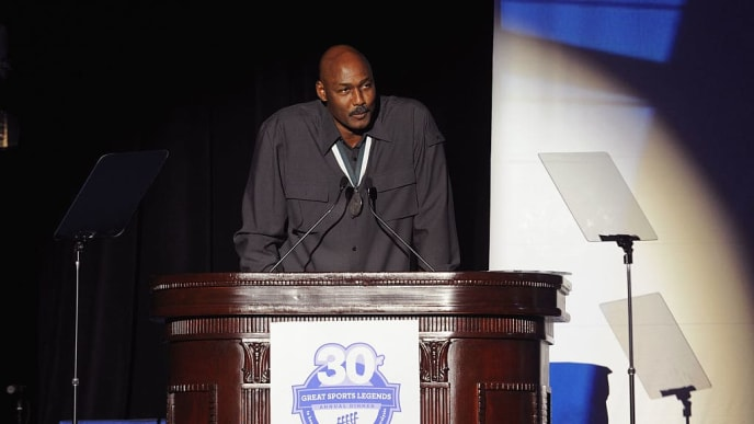 NEW YORK, NY - OCTOBER 06:  Former NBA player Karl Malone speaks onstage during the 30th Annual Great Sports Legends Dinner to benefit The Buoniconti Fund to Cure Paralysis at The Waldorf Astoria on October 6, 2015 in New York City.  (Photo by Craig Barritt/Getty Images for The Buoniconti Fund To Cure Paralysis)