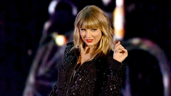LOS ANGELES, CALIFORNIA - OCTOBER 19: Taylor Swift performs onstage during the 7th Annual We Can Survive, presented by AT&T, a RADIO.COM event, at The Hollywood Bowl on October 19, 2019 in Los Angeles, California. (Photo by Kevin Winter/Getty Images for RADIO.COM )