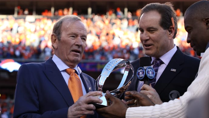 DENVER, CO - JANUARY 19:  Team owner of the Denver Broncos Pat Bowlen celebrates after they defeated the New England Patriots 26 to 16 during the AFC Championship game at Sports Authority Field at Mile High on January 19, 2014 in Denver, Colorado.  (Photo by Doug Pensinger/Getty Images)