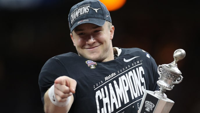 NEW ORLEANS, LOUISIANA - JANUARY 01:  Sam Ehlinger #11 of the Texas Longhorns celebrates after defeating the Georgia Bulldogs 28-21 during the Allstate Sugar Bowl at Mercedes-Benz Superdome on January 01, 2019 in New Orleans, Louisiana. (Photo by Chris Graythen/Getty Images)