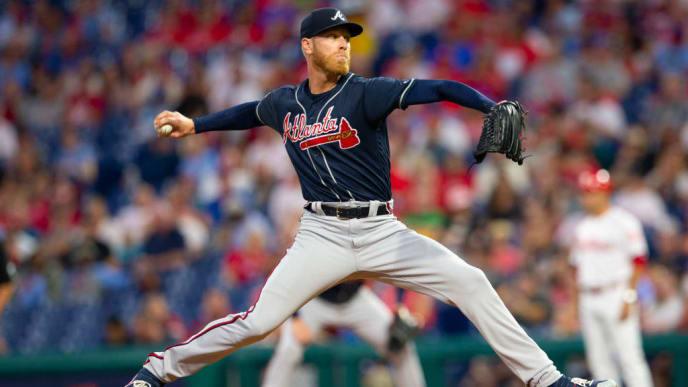 PHILADELPHIA, PA - SEPTEMBER 09: Mike Foltynewicz #26 of the Atlanta Braves throws a pitch in the bottom of the first inning against the Philadelphia Phillies at Citizens Bank Park on September 9, 2019 in Philadelphia, Pennsylvania. (Photo by Mitchell Leff/Getty Images)