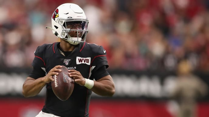 GLENDALE, ARIZONA - OCTOBER 13:  Quarterback Kyler Murray #1 of the Arizona Cardinals looks to pass during the NFL game against the Atlanta Falcons at State Farm Stadium on October 13, 2019 in Glendale, Arizona. The Cardinals defeated the Falcons 34-33. (Photo by Christian Petersen/Getty Images)