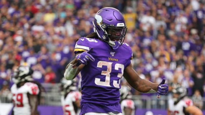 MINNEAPOLIS, MN - SEPTEMBER 08: Dalvin Cook #33 of the Minnesota Vikings celebrates a touchdown in the third quarter against the Atlanta Falcons at U.S. Bank Stadium on September 8, 2019 in Minneapolis, Minnesota. The Minnesota Vikings defeated the Atlanta Falcons 28-12.(Photo by Adam Bettcher/Getty Images)