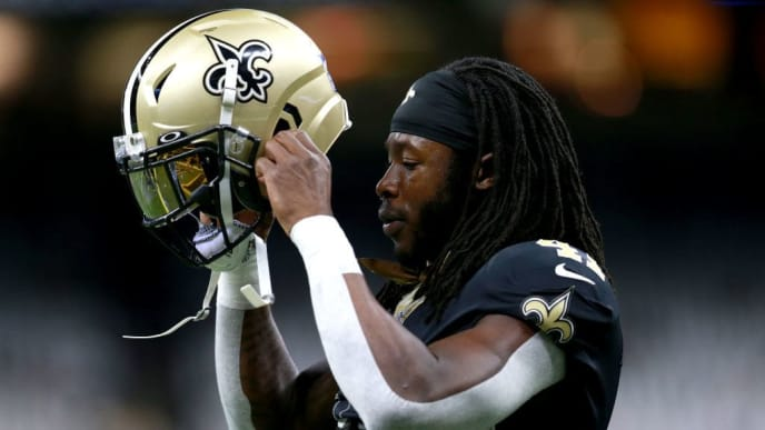 NEW ORLEANS, LOUISIANA - NOVEMBER 10: Alvin Kamara #41 of the New Orleans Saints warms up prior to the start a NFL game against the Atlanta Falcons at the Mercedes Benz Superdome on November 10, 2019 in New Orleans, Louisiana. (Photo by Sean Gardner/Getty Images)