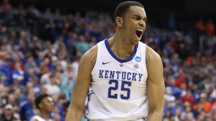 KANSAS CITY, MISSOURI - MARCH 31: PJ Washington #25 of the Kentucky Wildcats reacts to a play against the Auburn Tigers during the 2019 NCAA Basketball Tournament Midwest Regional at Sprint Center on March 31, 2019 in Kansas City, Missouri. (Photo by Christian Petersen/Getty Images)