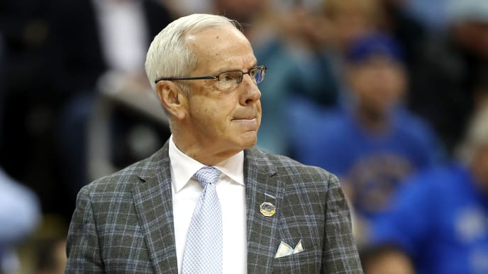 KANSAS CITY, MISSOURI - MARCH 29: Head coach Roy Williams of the North Carolina Tar Heels looks on against the Auburn Tigers during the 2019 NCAA Basketball Tournament Midwest Regional at Sprint Center on March 29, 2019 in Kansas City, Missouri. (Photo by Christian Petersen/Getty Images)