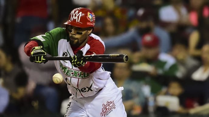 Christopher Roberson of Aguilas de Mexicali from Mexico bats against Criollos de Caguas from Puerto Rico, during the final of Caribbean Baseball Series, at the Tomateros stadium, in Culiacan, Sinaloa State, Mexico, on February 7, 2017. / AFP / RONALDO SCHEMIDT        (Photo credit should read RONALDO SCHEMIDT/AFP via Getty Images)