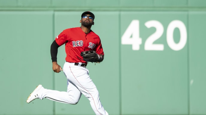 BOSTON, MA - SEPTEMBER 29: Jackie Bradley Jr. #19 of the Boston Red Sox tracks a fly ball during the third inning of a game against the Baltimore Orioles on September 29, 2019 at Fenway Park in Boston, Massachusetts. (Photo by Billie Weiss/Boston Red Sox/Getty Images)