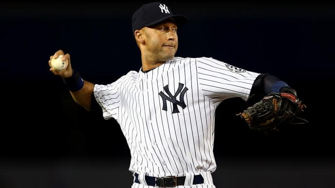NEW YORK, NY - SEPTEMBER 25:  Derek Jeter #2 of the New York Yankees plays against the Baltimore Orioles during his last game at Yankee Stadium on September 25, 2014 in the Bronx borough of New York City.  (Photo by Elsa/Getty Images)